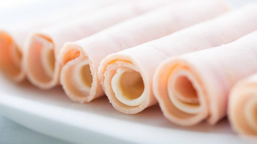 Rollitos de jamón empanizados Paso 2