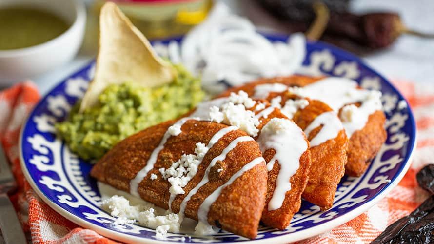 Enchiladas Potosinas - Sabrosano | Aceite de cocina | Recetas y más