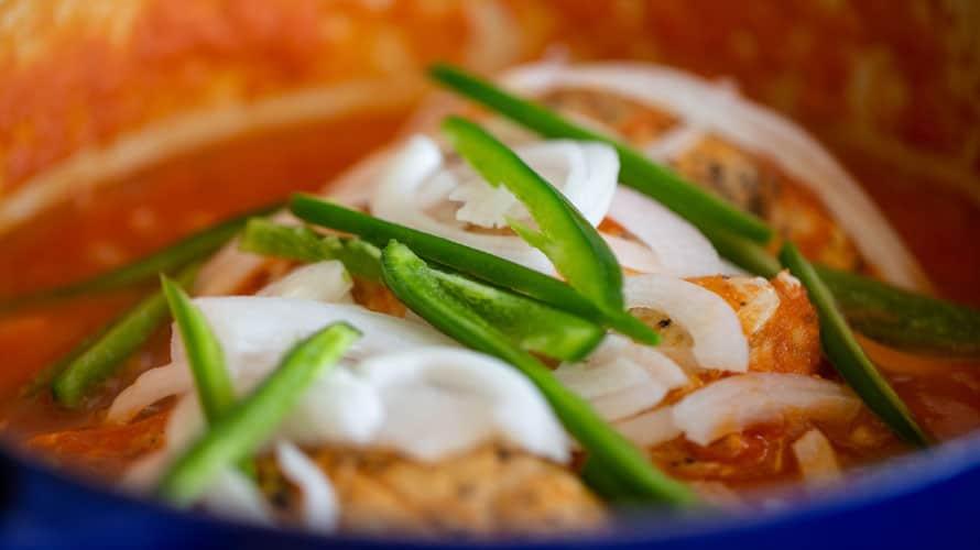 Pechugas en Salsa de Tomate Paso 4